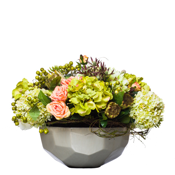 Large Classic Centerpiece in Faceted Bowl