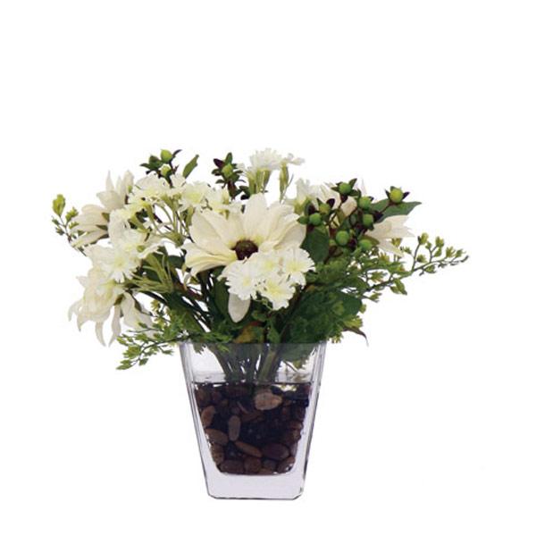 Small White Daisy Bouquet Waterlike