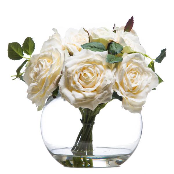 Roses Waterlike White