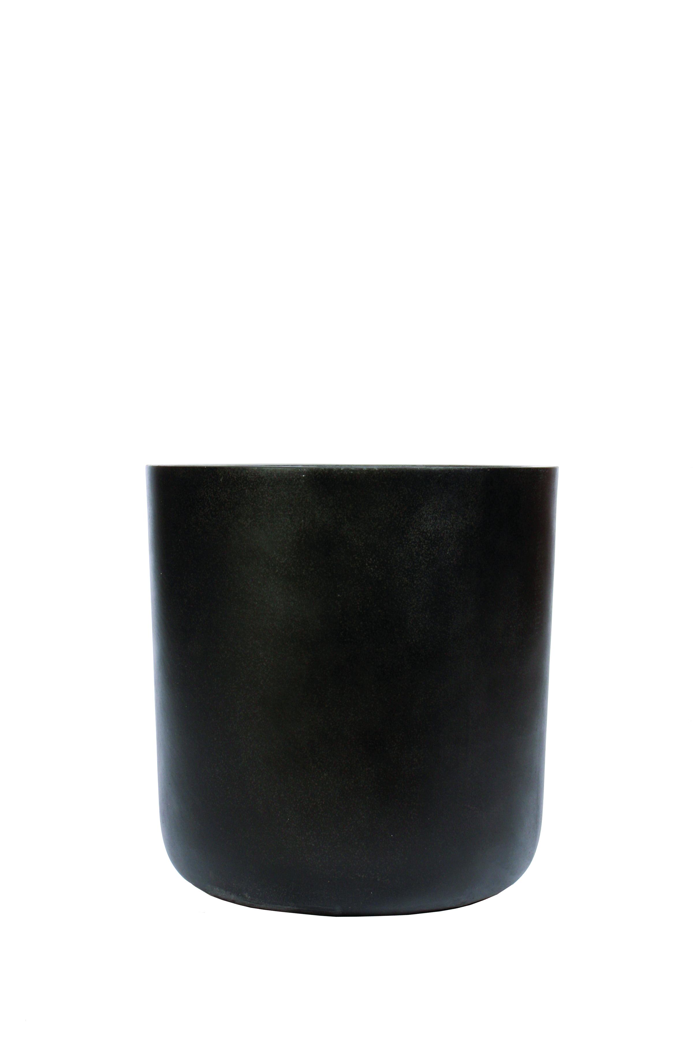 BLACK SANDSTONE CYLINDER